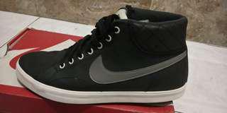 Nike Originall Like new