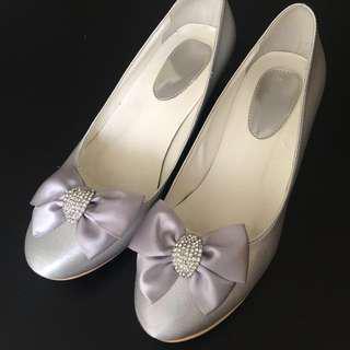 銀色晚裝鞋/ 姊妹鞋