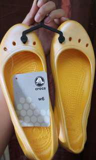 ORIGINAL Crocs Shoes! Size W6