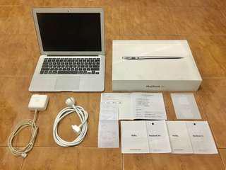 Macbook Air 13 inch Mid 2013 Fullset, Mulus, Termurah