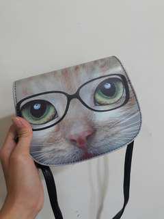 🚚 貓咪斜背包