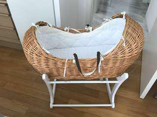 Moses basket and rockable stand