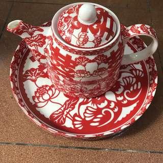 二手雙喜紅色結婚茶壺加碟