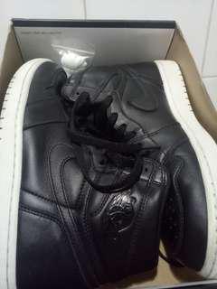 Dijual Air Jordan 1 Cyber Monday eur 42.5 #stealdeal #langka AJ1 black