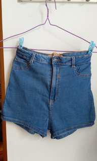 Bershka 深藍色高腰彈性牛仔短褲