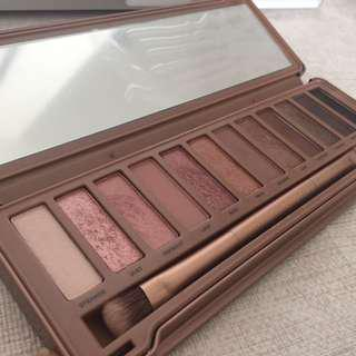 🚚 Urban Decay Naked 3 Palette