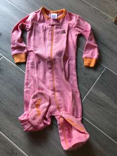 BabyGap 連身衣