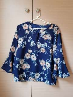 Floral blouse blue
