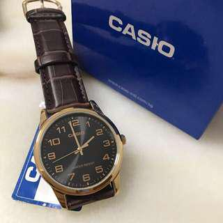 Gold mens watch! Casio! BNIB! Instocks