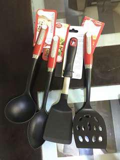 Four-piece cooking utensils
