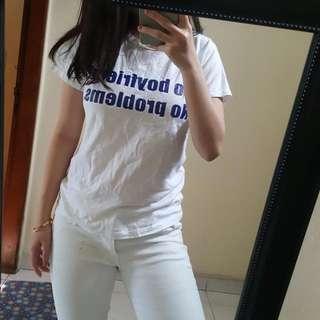 Tshirt Kaos Putih
