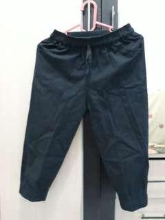 Celana joger hitam
