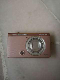 Casio Rose Gold Camera EX-ZR50