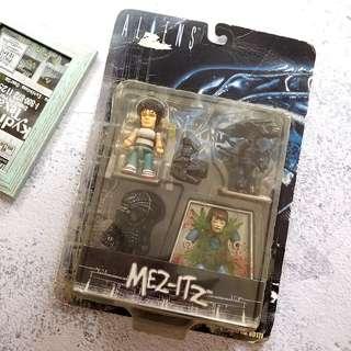 💓 絕版珍藏 ! 全新 Q版 異形 Aliens Alien 公仔 一盒 MEZCO MEZ-ITZ 2004出產