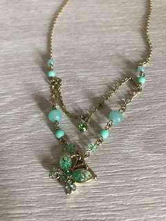 Anna Sui mint green butterfly necklace 經典蝴蝶頸鏈