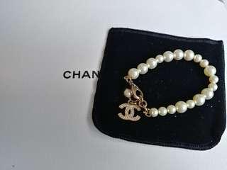 Chanel pearl bracelet