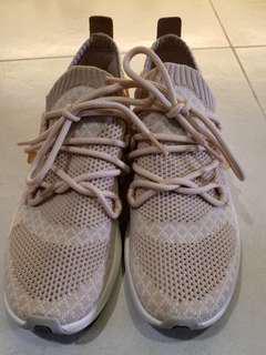 Timberland 休闲鞋