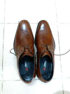 男裝啡色牛皮鞋