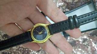 Jam tangan kecil