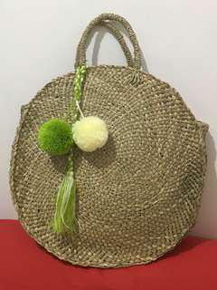 Straw bag - tassel included