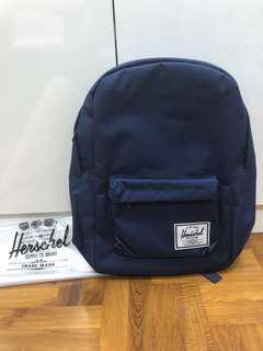 BN INSTOCK Herschel Navy Classic Backpack