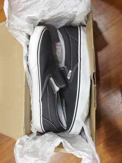Authentic Vans Classic Slip-On (Charcoal)
