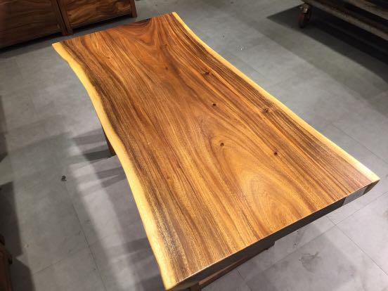 Acacia wood table top for slae live edge monkey-pod
