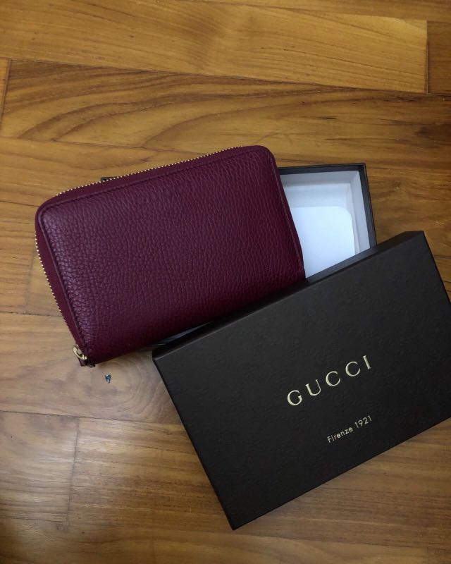 016744b7ad3645 Authentic Gucci Wallet, Luxury, Bags & Wallets, Wallets on Carousell