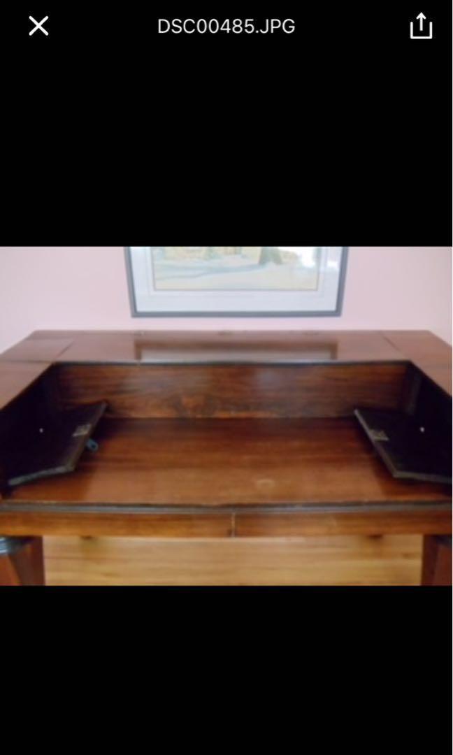Beautiful Solid Wood Organ Desk