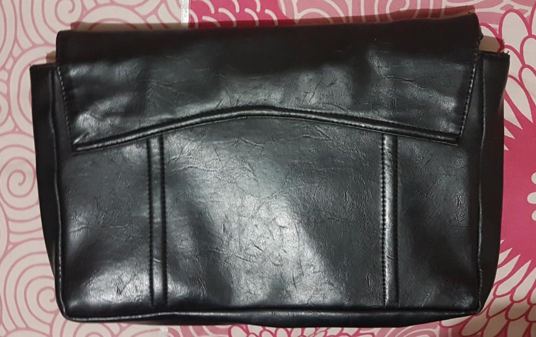 Cotton ink clutches black