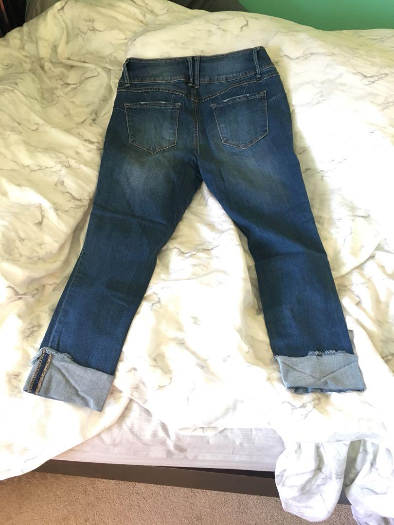 Cropped Skinny Jeans with rips/distressing size 11