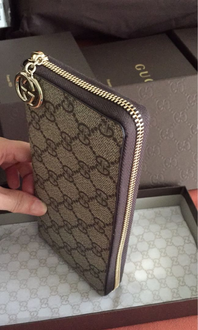 a3d029ca8 Gucci Wallets, Luxury, Bags & Wallets, Wallets on Carousell