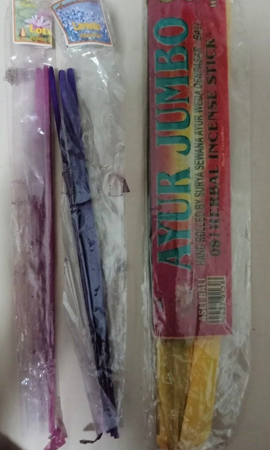 Bless: 3 types Incense sticks: lavender, lotus, and herbal hand