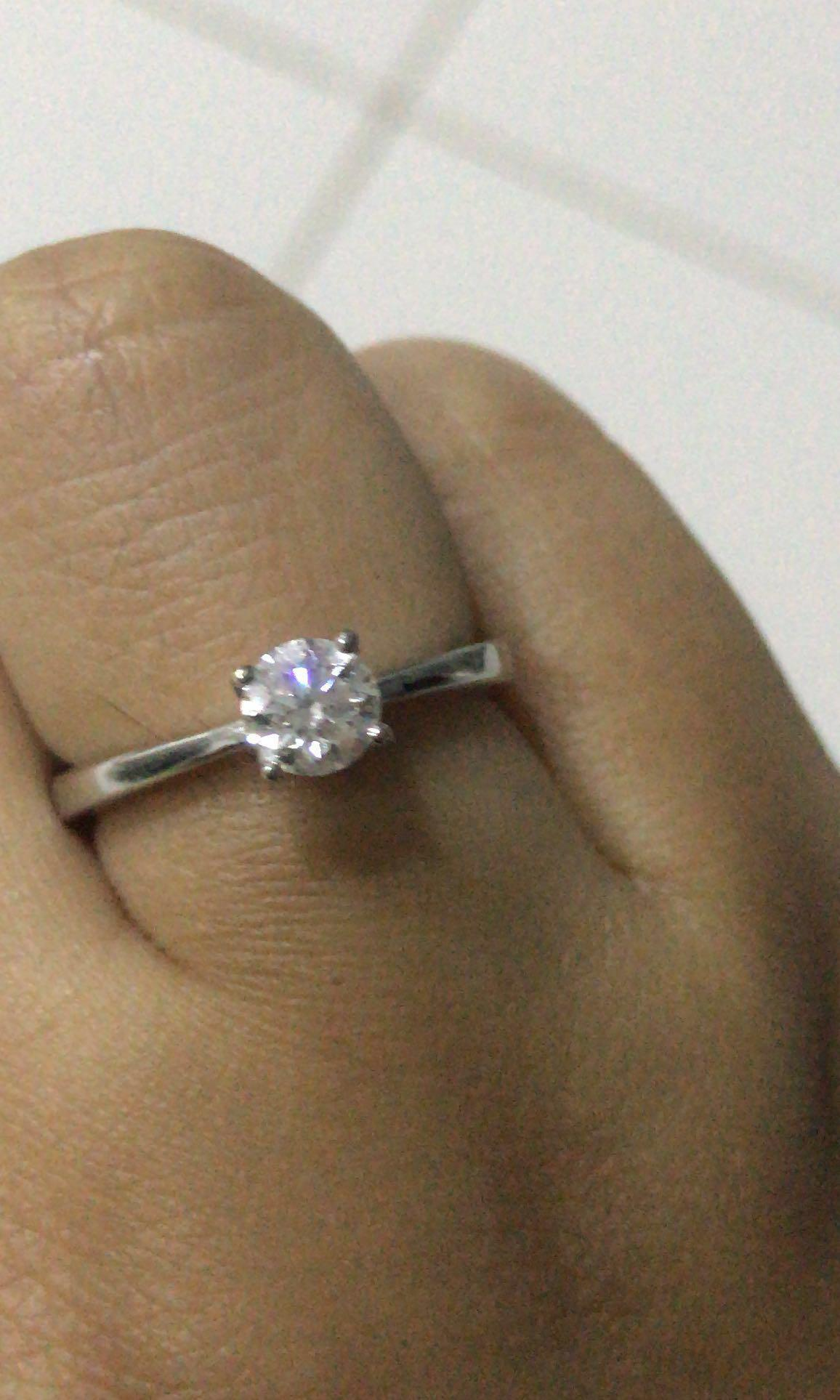 fb34992e2a667 Lee Hwa D Color diamond ring, Women's Fashion, Jewellery on Carousell