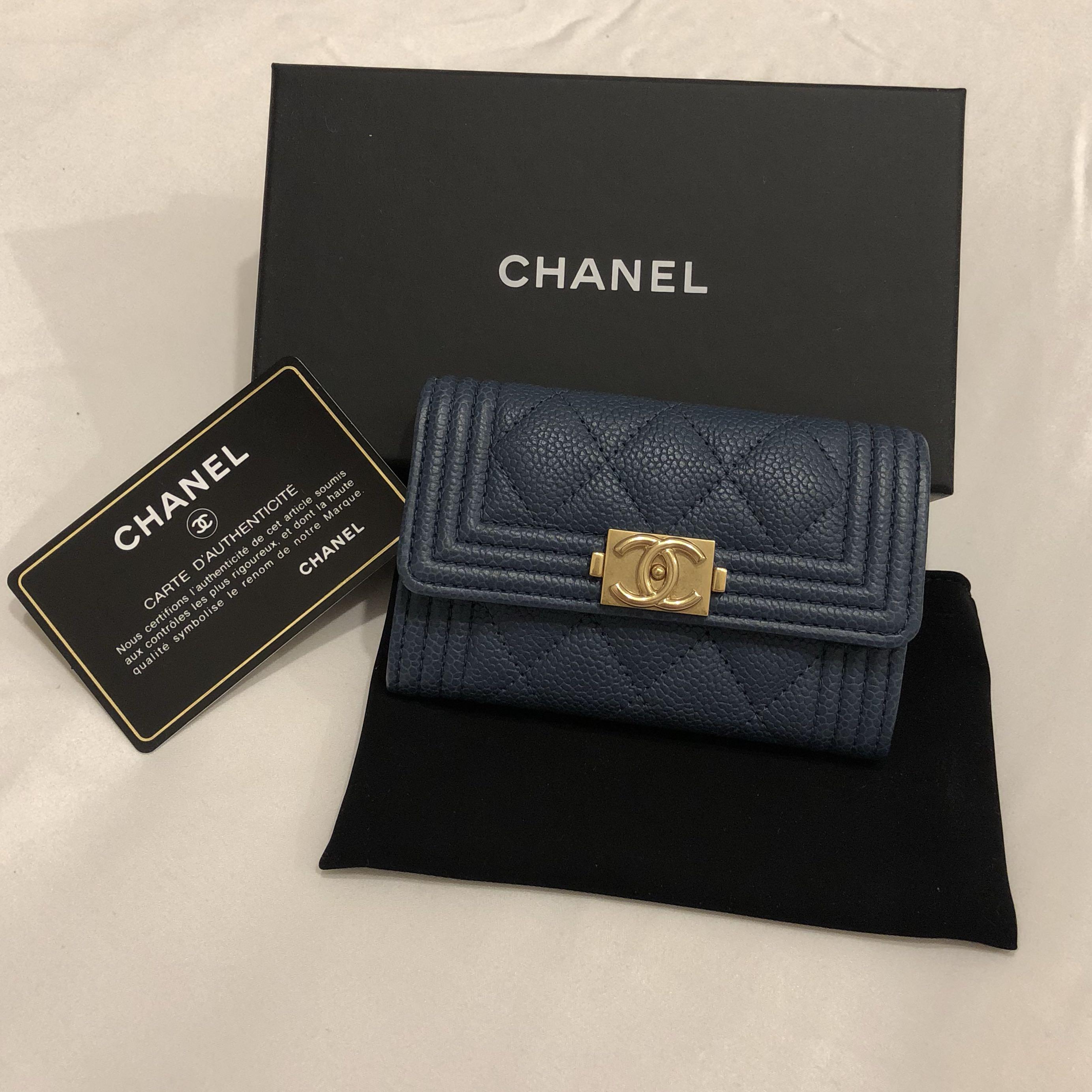 473ea07a2ce707 LNIB CHANEL BOY CARDHOLDER, Luxury, Bags & Wallets, Wallets on Carousell