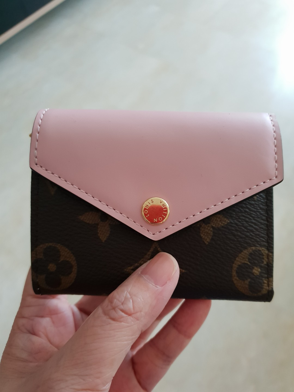 41fc027f232f Louis Vuitton Zoe wallet