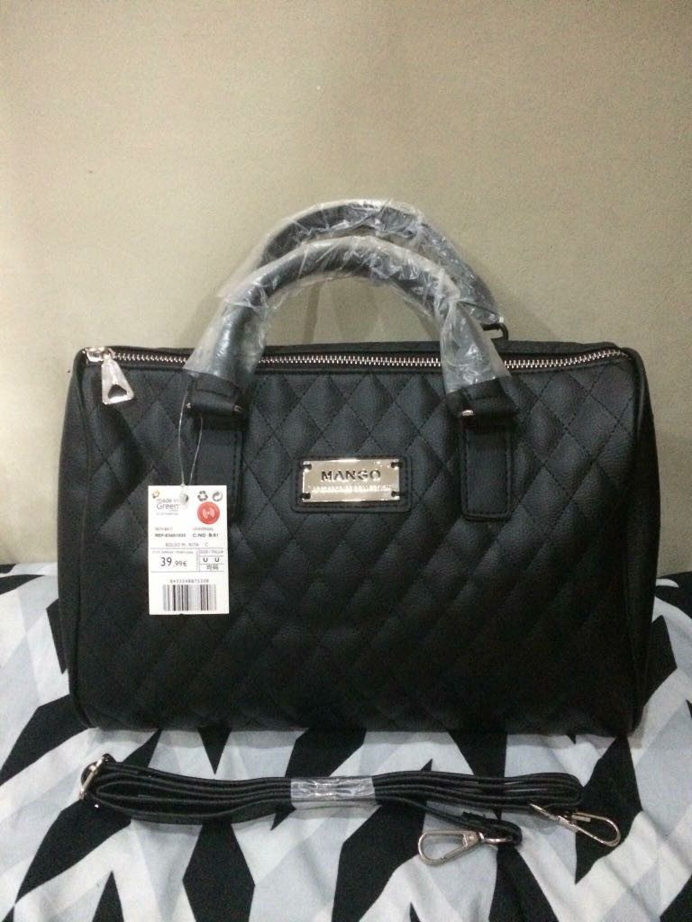 c9001b2b22 Home · Preloved Women s Fashion · Bags   Wallets. photo photo photo