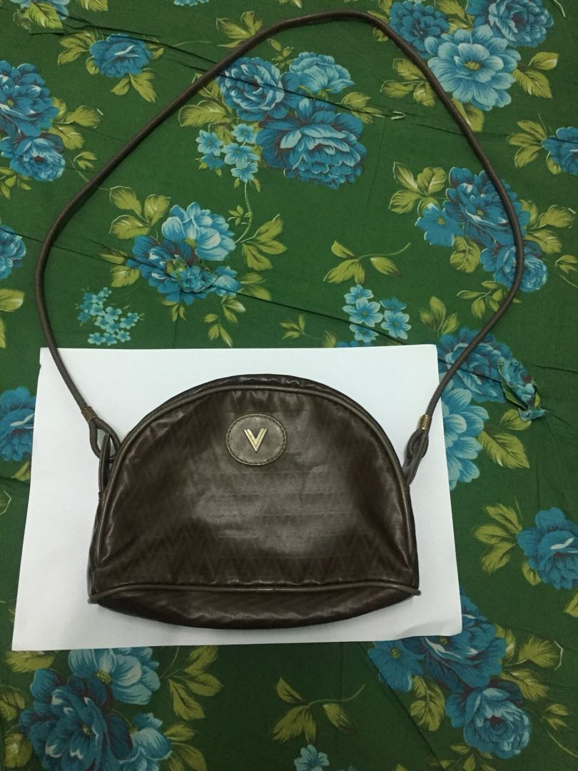 7aabc2187d MARIO VALENTINO sling bag, Women's Fashion, Bags & Wallets on Carousell