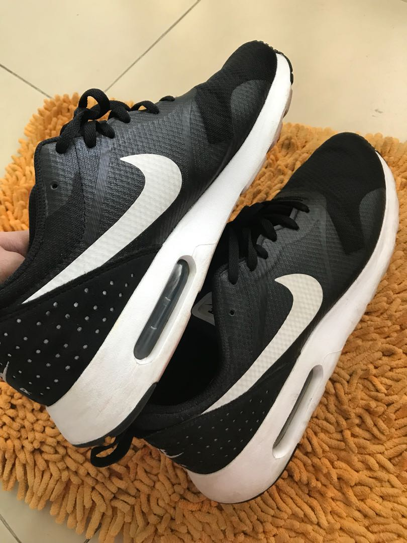 the latest 389b6 8b08f Nike Air Max Tavas, Men s Fashion, Footwear, Sneakers on Carousell