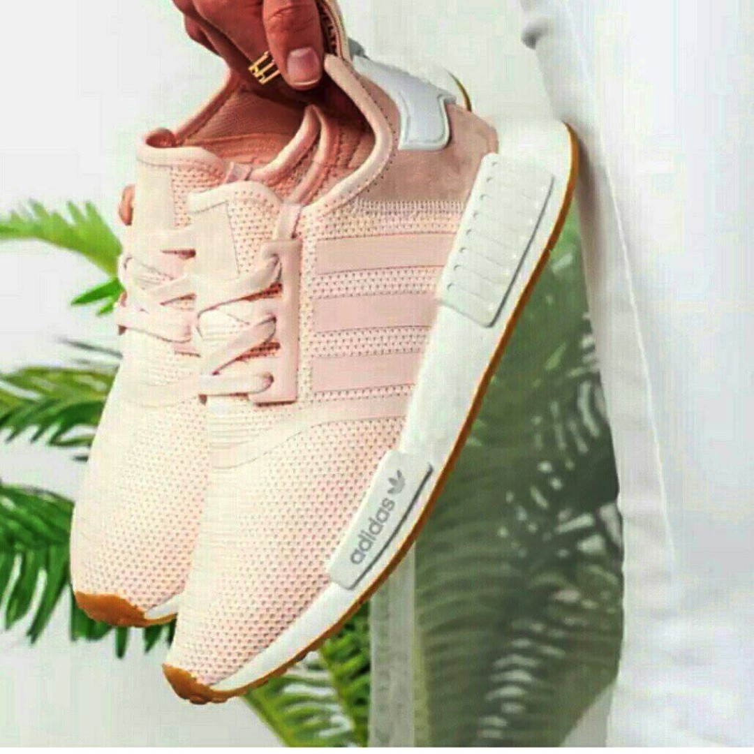 PO) Exclusive Adidas Womens NMD R1 Baby Pink Gum 297029b91c