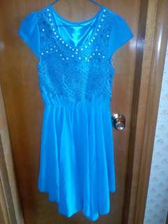 Blue Dress with pearl n lace 99%new