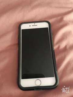 selling my iphone 7, in good condition, comes with the box, 2 case and charger, it's unlocked. price is firm. Serious buyers only!