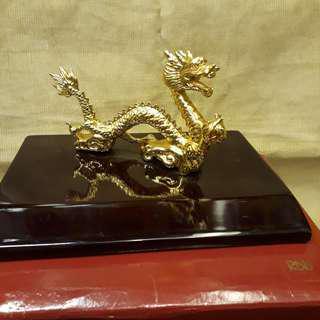 Dragon Risis Zodica gold plated figurine