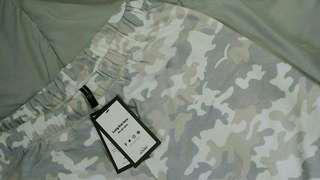 brand new LAZY PANTS in WHITE CAMO (sz4)