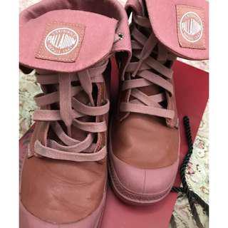 Palladium Boots (Pink) LIKE NEW!!!