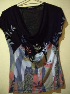 Blouse motif kucing