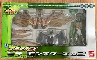 行版 裝着變身 EX03 幪面超人 龍騎 契約獸 蝙蝠 奧丁蜥蝪 外盒巳開封,玩具說明書全新未開)