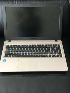 Asus laptop 華碩手提電腦 90%新 極少用