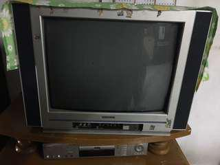 TV HITACHI