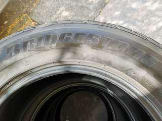 Bridgestone Dueler HP 285/60/R18 4X4 Tire Used